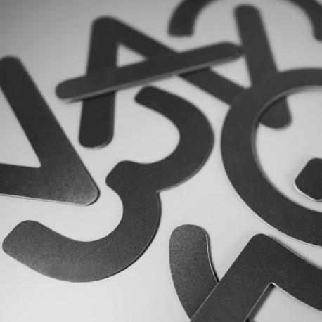 Lettres PVC Noir 3mm brutes